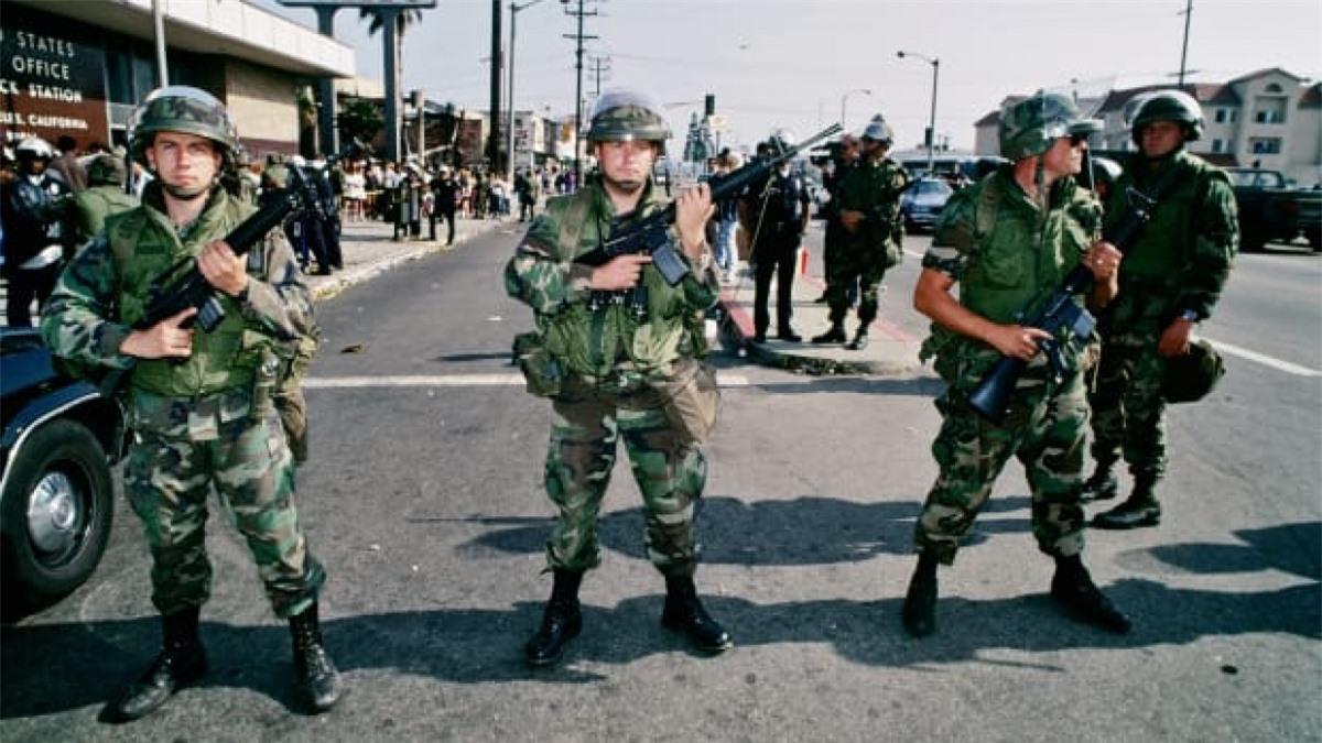 Vệ binh Quốc gia Mỹ được huy động ở Los Angeles. Ảnh: Getty