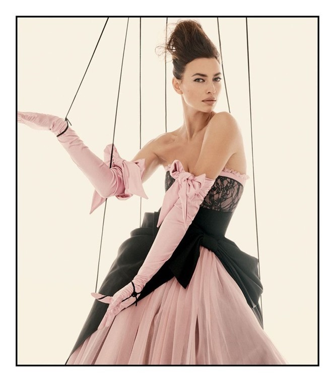 Siêu mẫu Nga Irina Shayk khoe chân dài miên man  - ảnh 2