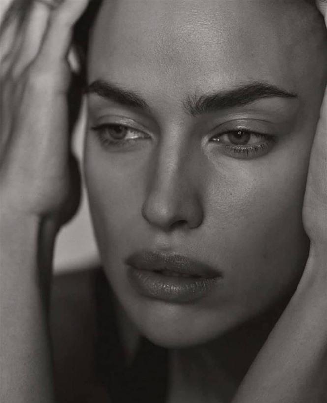 Siêu mẫu Nga Irina Shayk khoe chân dài miên man  - ảnh 4