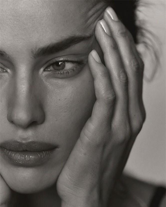 Siêu mẫu Nga Irina Shayk khoe chân dài miên man  - ảnh 5