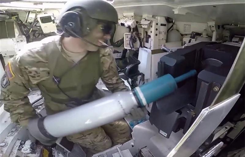 Tạp chí Defence News dẫn nguồn tin quốc phòng Mỹ, XM1147 do Orbital ATK phát triển hứa hẹn sẽ là mẫu đạn pháo đa năng thay thế cho các loại đạn 120mm thông thường đang được sử dụng trên M1A2 Abrams hiện tại.
