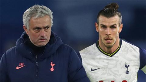 Mourinho 'nổi điên' vì Bale