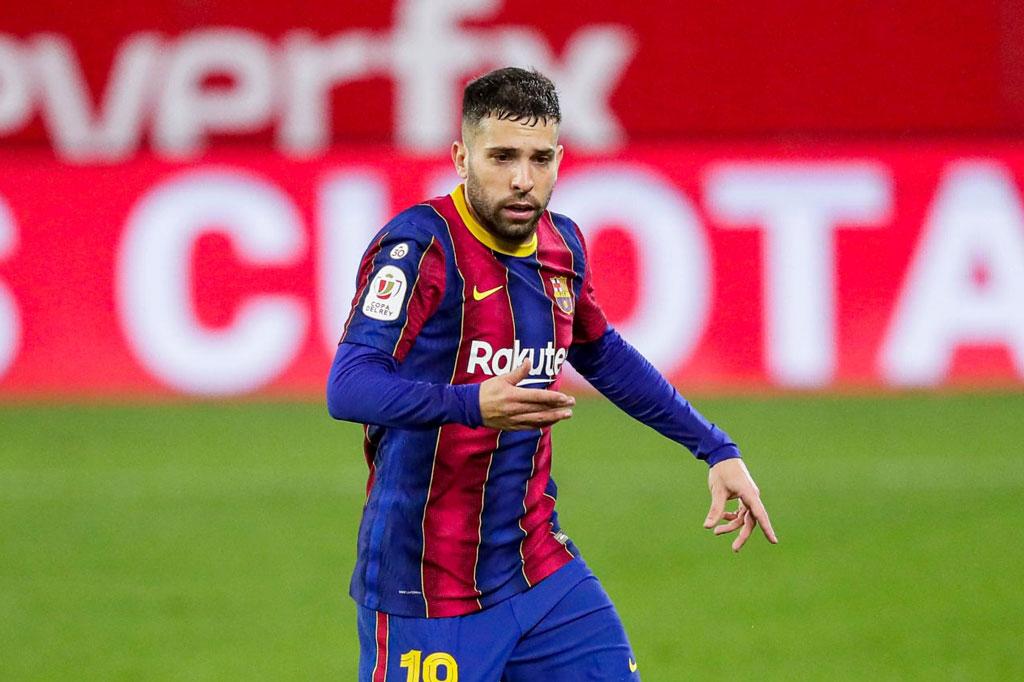 Hậu vệ trái: Jordi Alba (Barcelona).
