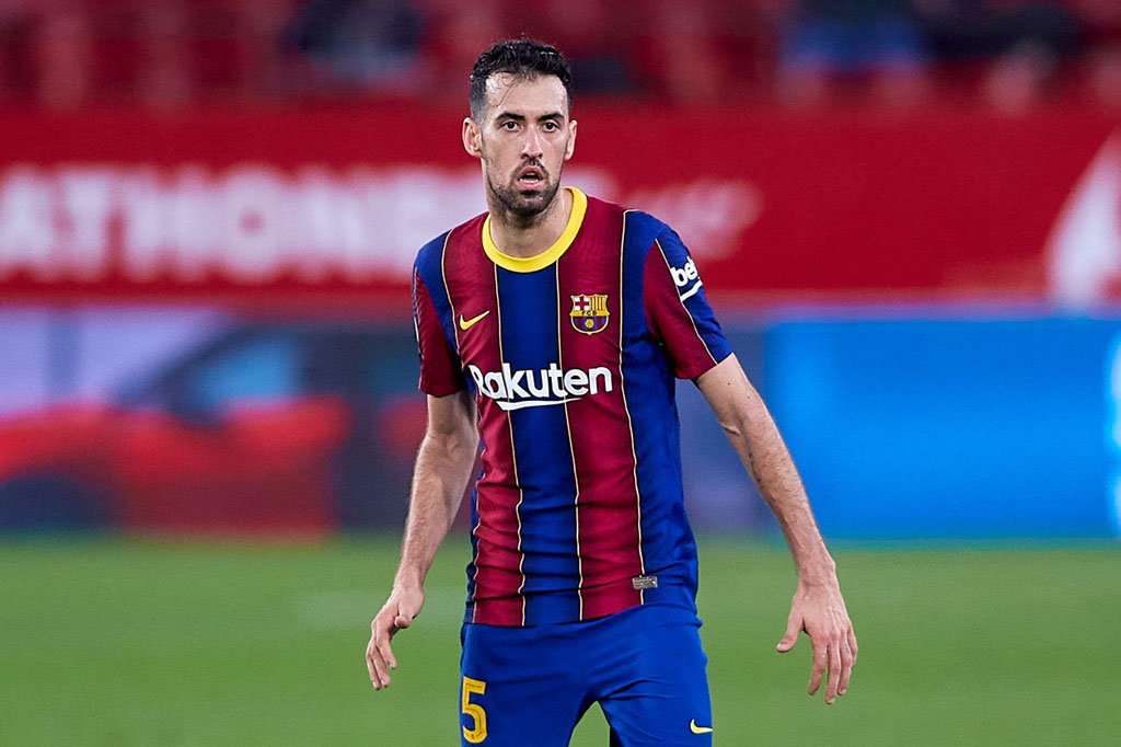 Tiền vệ: Sergio Busquets (Barcelona).