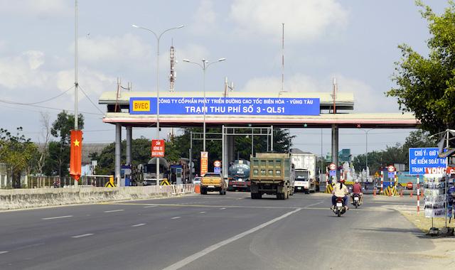 Nếu có cao tốc Biên Hòa - Vũng Tàu, giao thông trên quốc lộ 51 sẽ bớt ùn tắc. (Ảnh: ĐH)
