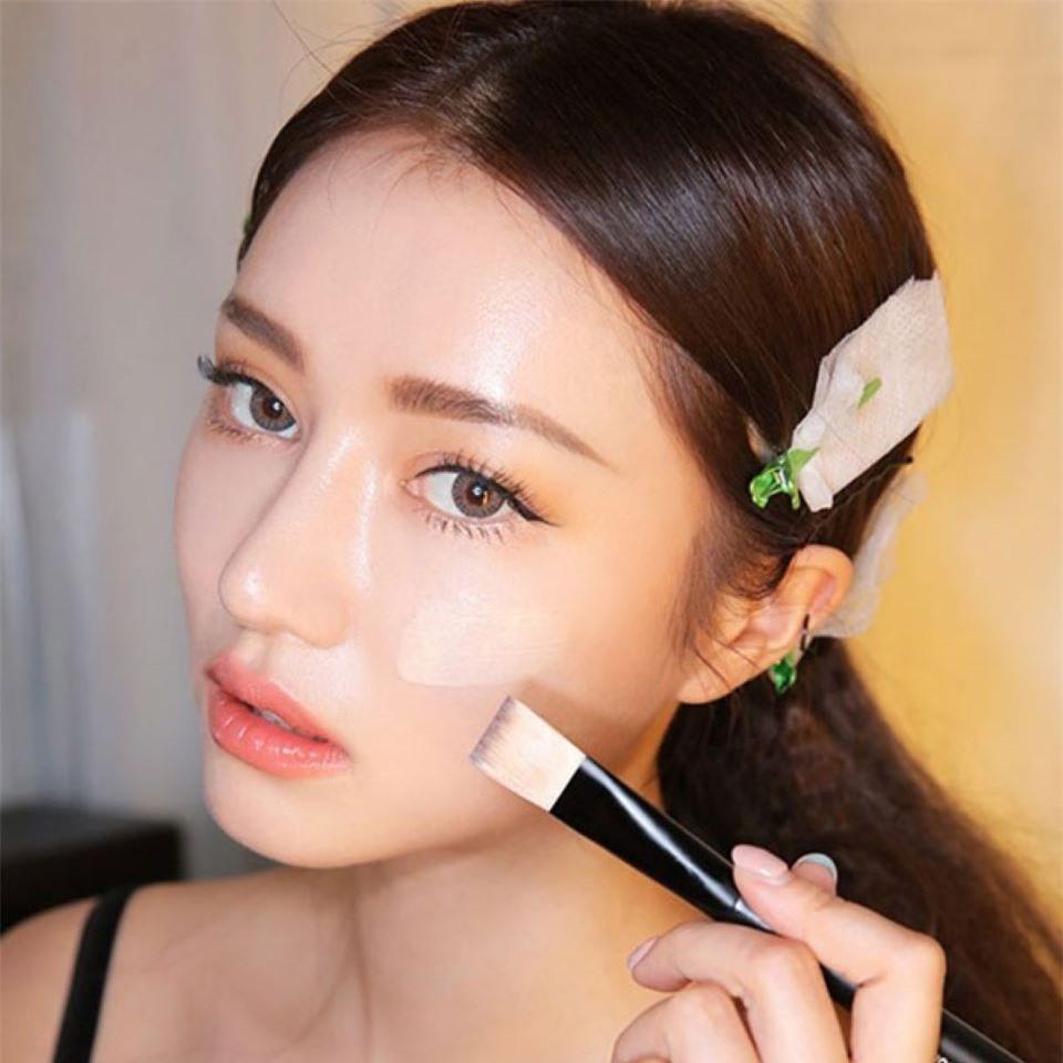 mẹo trang điểm đẹp tự nhiên, trang điểm đơn giản, bí quyết trang điểm đẹp tự nhiên, trang điểm gương mặt