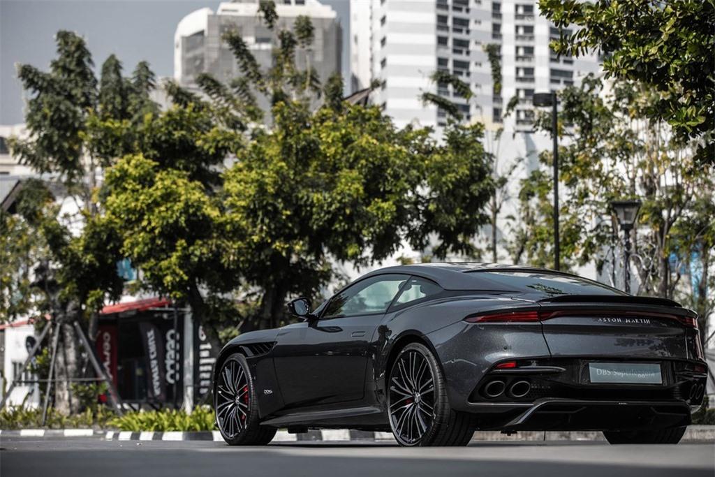 Aston Martin DBS Superleggera gia 1 trieu USD tai Thai Lan anh 16