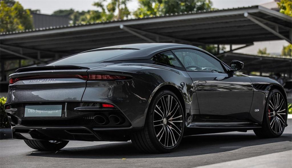 Aston Martin DBS Superleggera gia 1 trieu USD tai Thai Lan anh 3