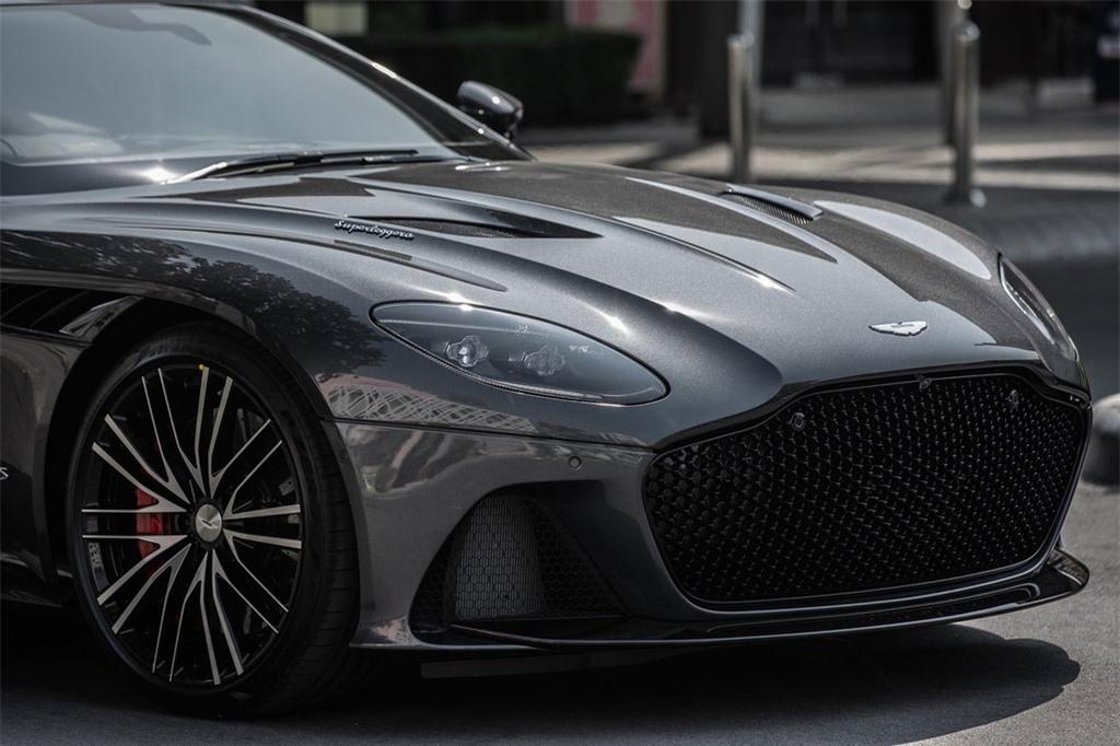 Aston Martin DBS Superleggera gia 1 trieu USD tai Thai Lan anh 7