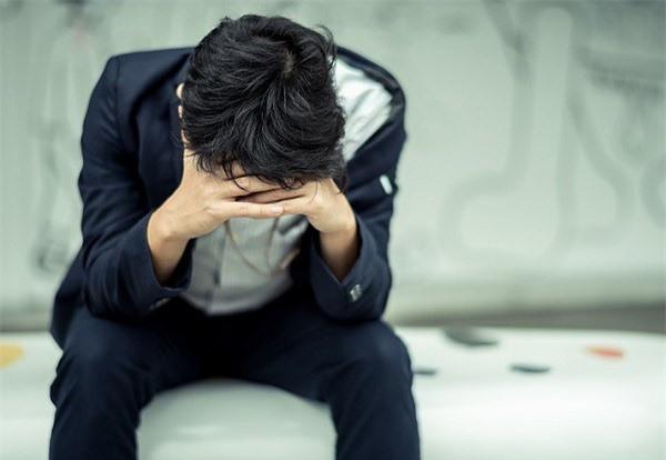 Không tin vợ nên gửi hết tiền cho mẹ giữ, ly hôn xong tôi ngồi bệt dưới sàn khóc - Ảnh 2