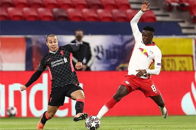 Thiago chơi rất hay ở trận đấu với Leipzig
