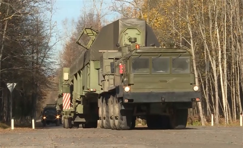 Tuyên bố được vị tướng Nga đưa ra sau khi hình ảnh về cuộc diễn tập nạp đạn tên lửa đạn đạo liên lục địa (ICBM) Yars vào giếng phóng được công bố hôm 4/1 tại Kozelsk.