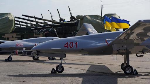 DNVN - Ukraine thông báo bắt đầu vận chuyển hàng loạt máy bay không người lái tấn công Bayraktar TB2 của Thổ Nhĩ Kỳ cho quân đội nước này.