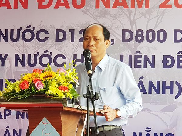 Ông Hồ Hương, Tổng Giám đốc Dawaco báo cáo