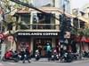 Hà Nội: Có lệnh dừng hoạt động, Highlands Coffee và nhiều hàng quán vẫn ngang nhiên mở cửa