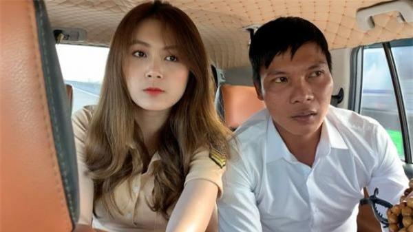 Dừng đóng chung với Lộc Fuho, cô giáo hot girl gây sốc khi mặc yếm gợi cảm, đứng bán rau ngoài chợ - Ảnh 2.
