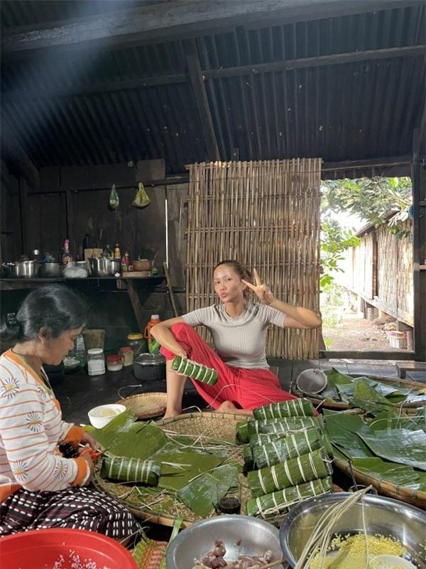 Sao Việt ở quê ăn Tết, bình dị khó nhận ra - ảnh 9