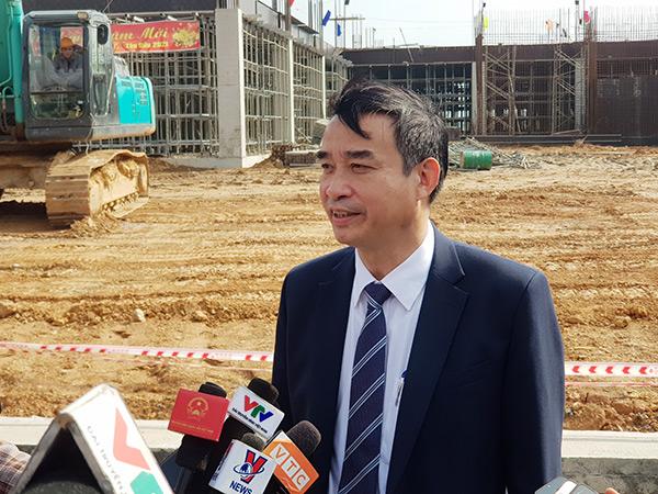 Chủ tịch UBND TP Đà Nẵng Lê Trung Chinh trả lời phỏng vấn báo chí sau khi dự lễ xuất quân tại Khu CNTT tập trung Đà Nẵng sáng 19/2