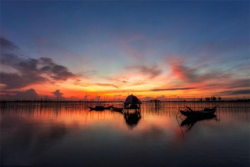 Đầm Chuồn là một phần trong hệ thống đầm phá Tam Giang, Thừa Thiên - Huế. Ảnh: Kyanh.