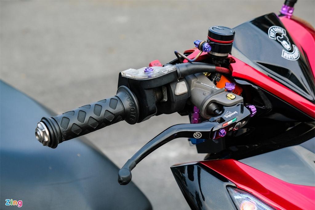 Honda Click duoc do den bat doi xung tai TP.HCM anh 5