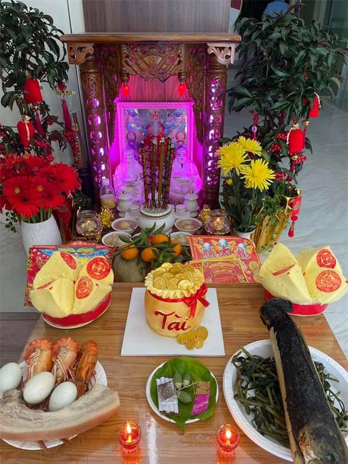 Sao Việt ồ ạt khoe mâm cúng hoành tráng ngày vía Thần Tài - Ảnh 6.