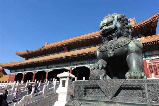 """Truyền thuyết dân gian ở Bắc Kinh: Tử Cấm Thành qua lời kể của một thái giám già khiến ai ai cũng sợ hãi về """"công viên"""" những hồn ma - Ảnh 1."""