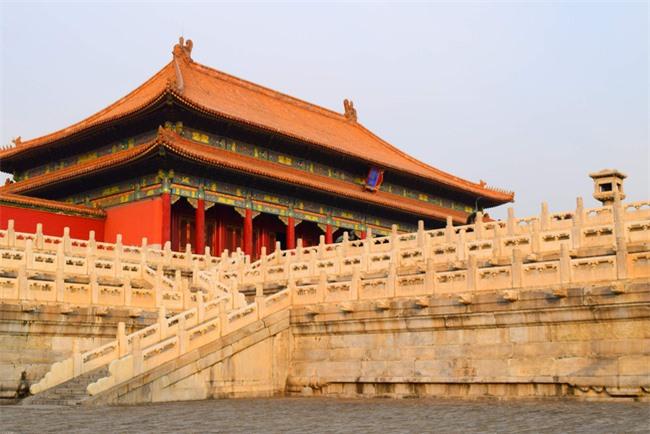 """Truyền thuyết dân gian ở Bắc Kinh: Tử Cấm Thành qua lời kể của một thái giám già khiến ai ai cũng sợ hãi về """"công viên"""" những hồn ma - Ảnh 2."""