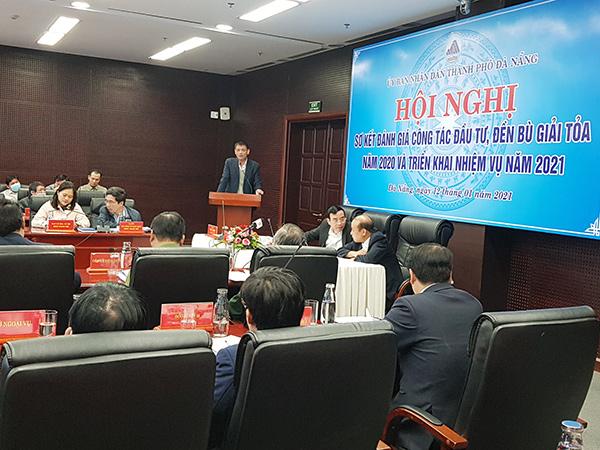 Trung tuần tháng 1/2021, UBND TP Đà Nẵng đã tổ chức hội nghị tìm biện pháp tháo gỡ các khó khăn, vướng mắc trong công tác đền bù giải tỏa, giải phóng mặt bằng đang làm chậm tiến độ giải ngân vốn đầu tư công trên địa bàn TP
