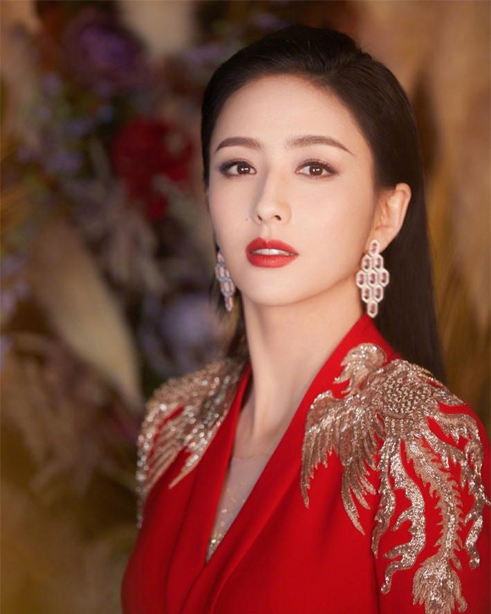 Dàn sao Cung tỏa tâm ngọc sau 10 năm: Dương Mịch có cuộc hôn nhân ồn ào, Phùng Thiệu Phong bị đồn ngoại tình - Ảnh 15.