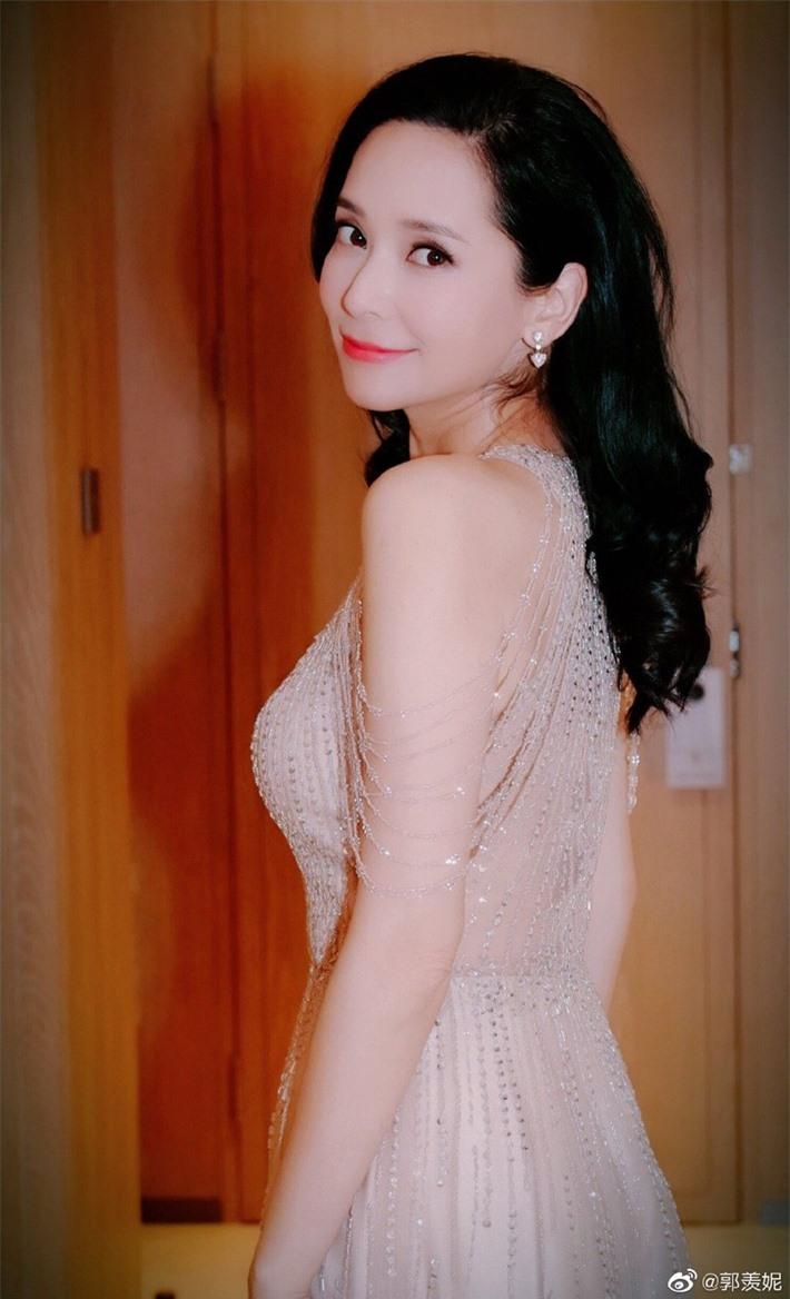 Dàn sao Cung tỏa tâm ngọc sau 10 năm: Dương Mịch có cuộc hôn nhân ồn ào, Phùng Thiệu Phong bị đồn ngoại tình - Ảnh 19.