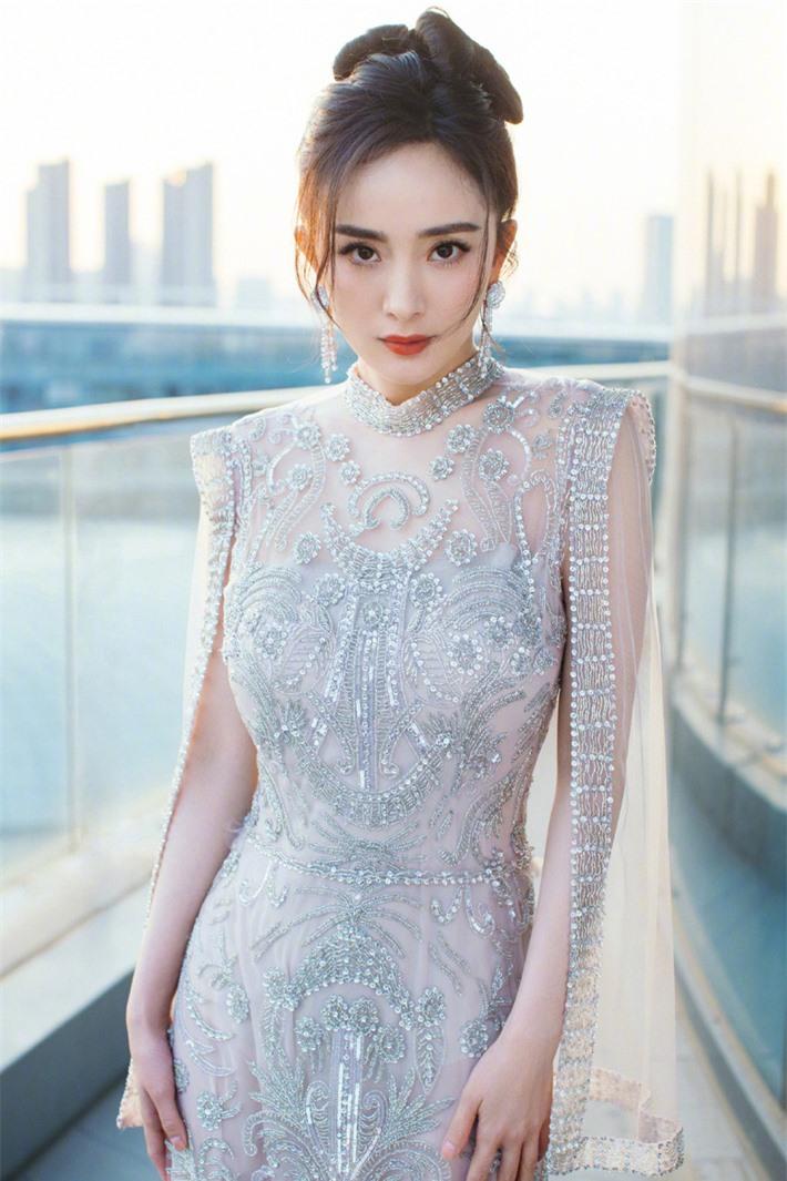 Dàn sao Cung tỏa tâm ngọc sau 10 năm: Dương Mịch có cuộc hôn nhân ồn ào, Phùng Thiệu Phong bị đồn ngoại tình - Ảnh 3.