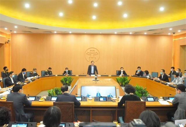 Hà Nội phạt hàng trăm triệu đồng đối tượng phạm quy trong phòng chống COVID-19 - Ảnh 1.