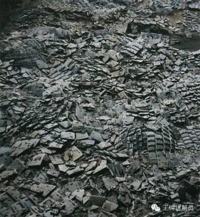 Ngoài chiến binh đất nung, có tới 180 hố chôn từng được khai quật trong lăng mộ Tần Thủy Hoàng - Chúng chôn vùi những kho báu nào? - Ảnh 2.