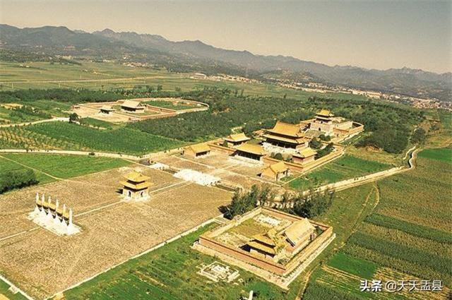 Phong thủy trong các lăng mộ hoàng đế Trung Hoa: Xây dựng ra sao để vương triều bền vững? - Ảnh 5.