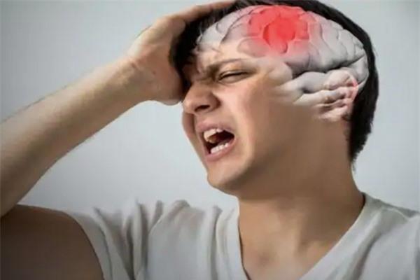 Thói quen người trẻ hay mắc gây đột quỵ và đau tim