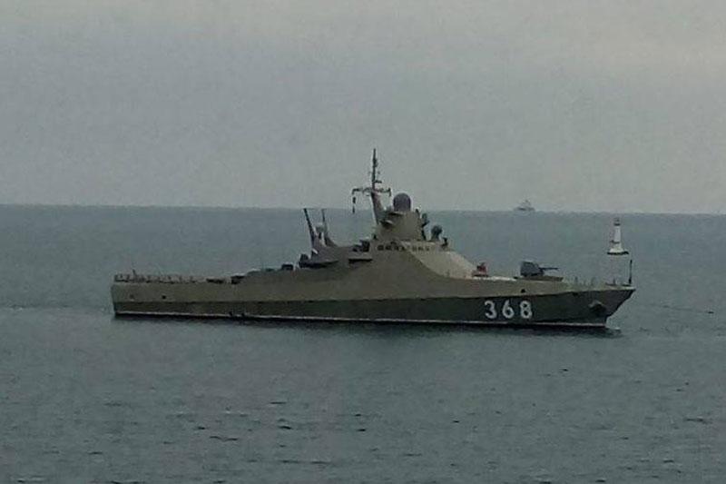 Nga điều tàu chiến tới Syria để tấn công điện tử vào Không quân Mỹ