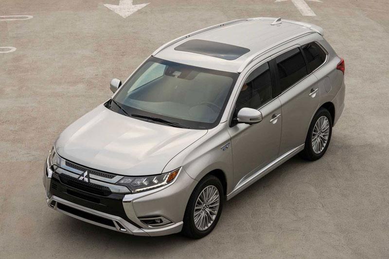 SUV Mitsubishi siêu tiết kiệm xăng, giá hơn 800 triệu đồng, 'đe nẹt' Honda CR-V