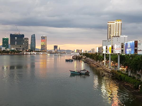 Bác bỏ đề xuất của Cảng Đà Nẵng mở tuyến vận tải hàng hóa trên sông Hàn