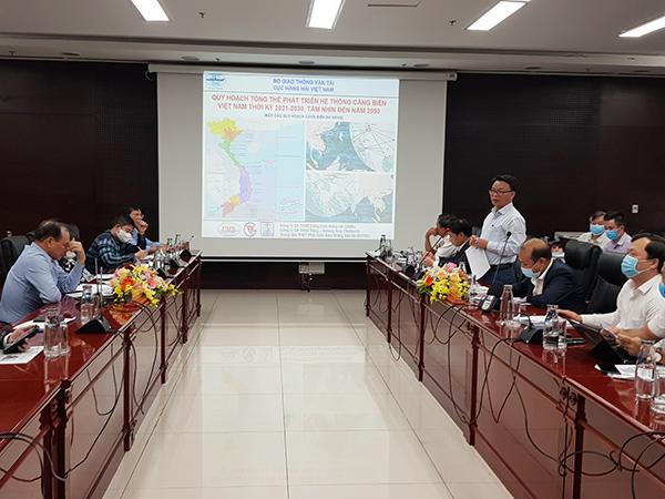 Được ủy quyền của lãnh đạo UBND TP, Phó Giám đốc Sở GTVT Đà Nẵng Lê Thành Hưng khẳng định quan điểm xuyên suốt của TP Đà Nẵng là chỉ quy hoạch cảnh quan, phát triển du lịch trên sông Hàn