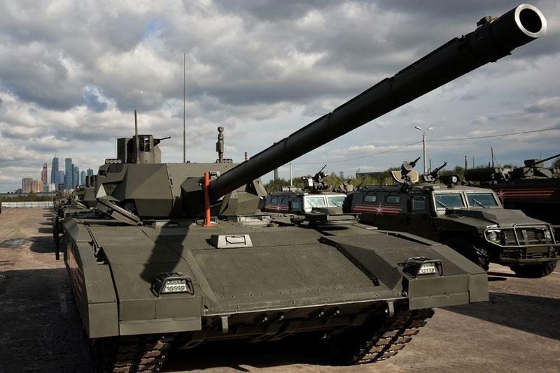 Thế giới tỏ ra rất quan tâm đến xe tăng T-14 Armata của Nga.