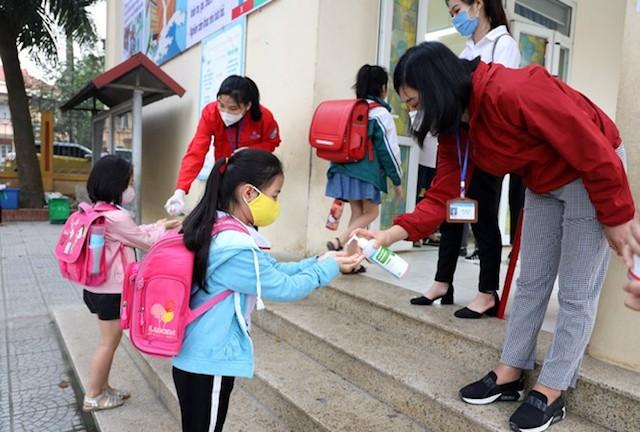 Từ ngày 1/3 học sinh, sinh viên TP.HCM bắt đầu đi học trở lại