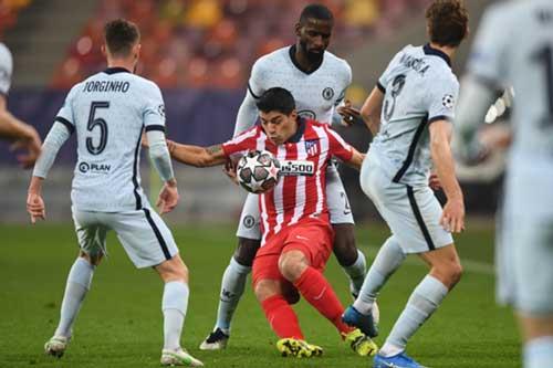 Hàng công của Atletico Madrid không thể vượt qua hàng phòng ngự của Chelsea.