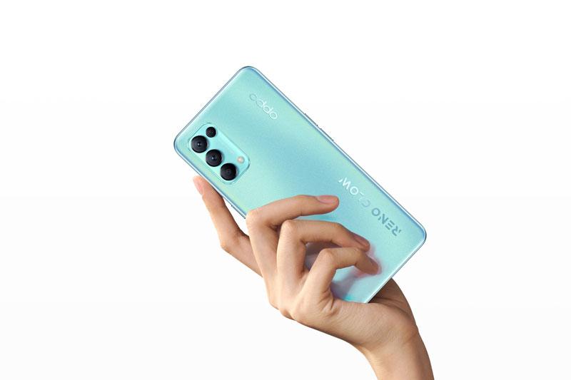 Oppo trình làng smartphone 5G, 4 camera sau, sạc 65W