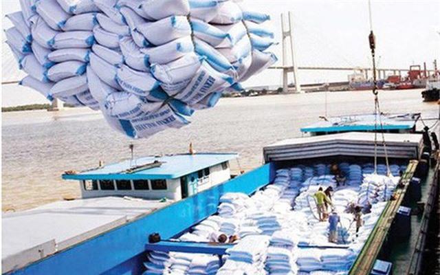 Giá lúa tăng cao, DN xuất khẩu khó đàm phán hợp đồng - Ảnh 2.