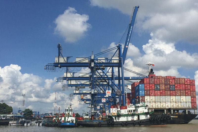 Việt Nam vào top 10 quốc gia đứng đầu trong Báo cáo Chỉ số Logistics thị trường mới nổi 2021.
