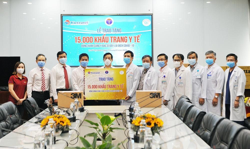 Vietravel Holdings cũng đã có những hoạt động đồng hành, hỗ trợ ngành Y tế