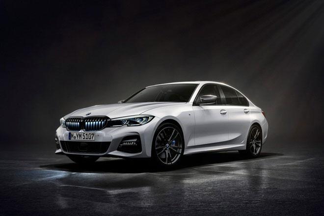 Khám phá BMW 330i phiên bản giới hạn, giá gần 1,2 tỷ đồng
