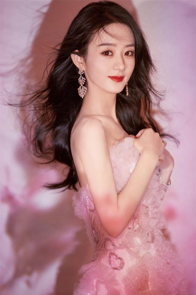 Công bố 4 BXH sao Cbiz hot nhất năm 2020: Dương Tử, Dương Mịch và Triệu Lệ Dĩnh so kè khốc liệt, Vương Nhất Bác đại náo Weibo - Ảnh 8.