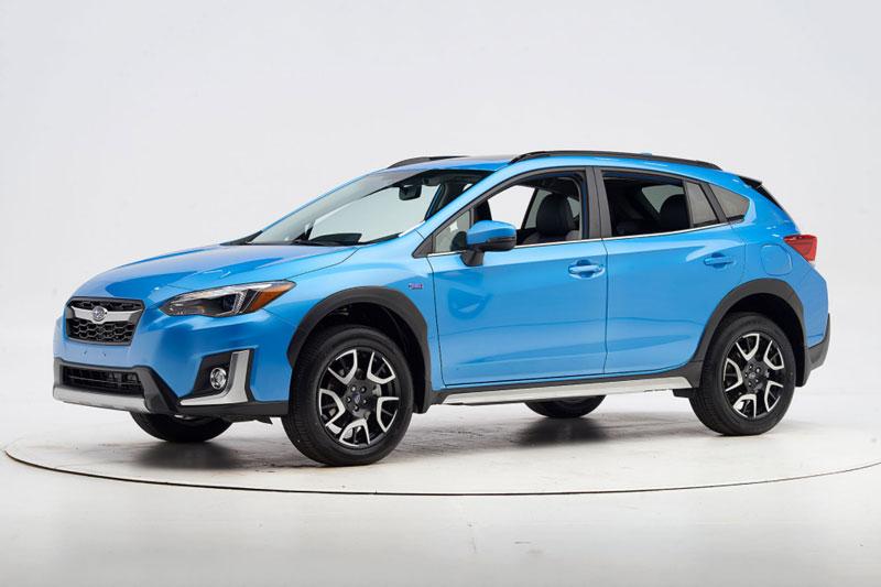 =1. Subaru Crosstrek Hybrid 2021 (giá khởi điểm: 35.145 USD, điểm an toàn: 10/10).