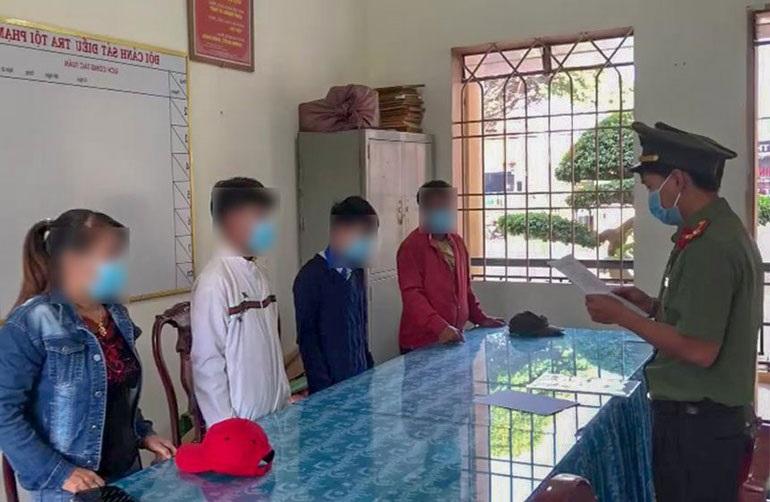 """Công an tỉnh Lâm Đồng xử phạt hành chính 3 trường hợp có hành vi """"Cung cấp, chia sẻ thông tin giả mạo, sai sự thật"""". Ảnh: Công an cung cấp"""